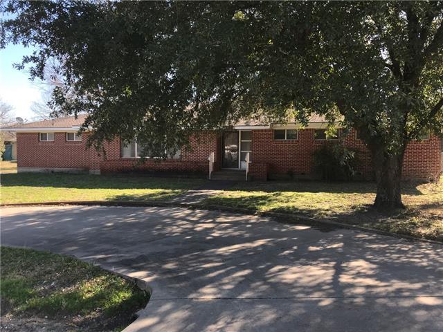 210 N Ward Street Italy, TX 76651