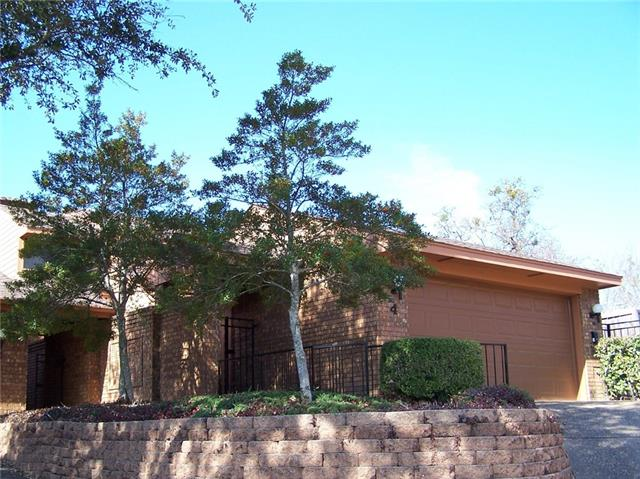 4 Village Green Court Denison, TX 75020