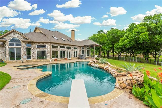 775 Carrie Lane Lakewood Village, TX 75068