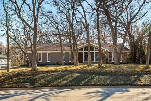 601 Summit Ridge Drive, Euless, Texas