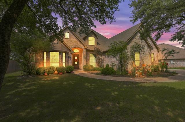 422 Valley View Court Aledo, TX 76008