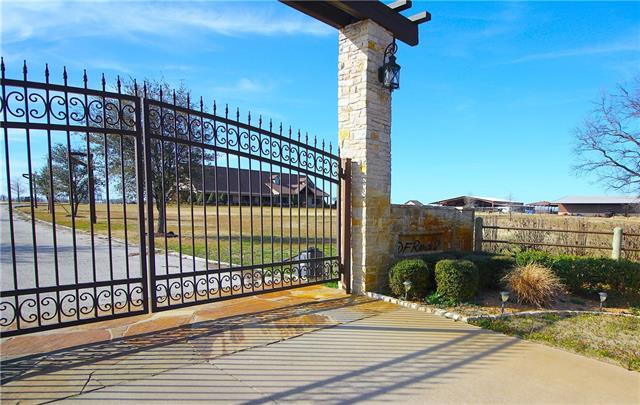 1025 Buck Creek Road Tioga, TX 76271