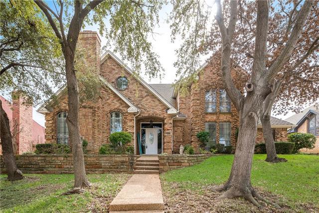 1812 Glenbrook Court, Bedford, Texas