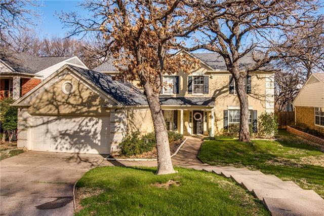 714 Preston Place, Grapevine, Texas
