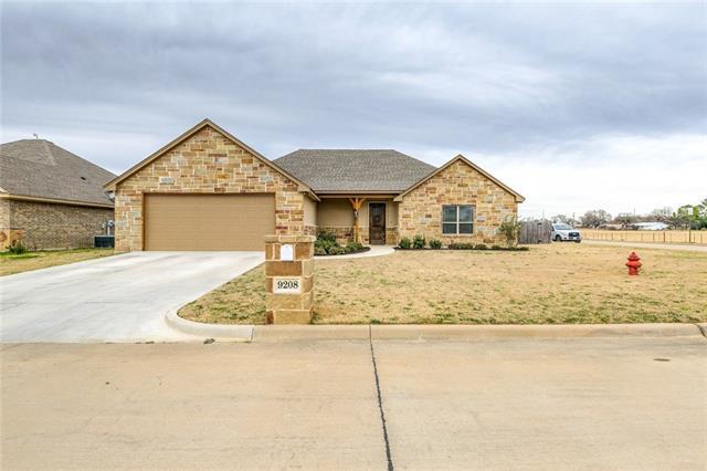 9208 Parkview Circle Tolar, TX 76476
