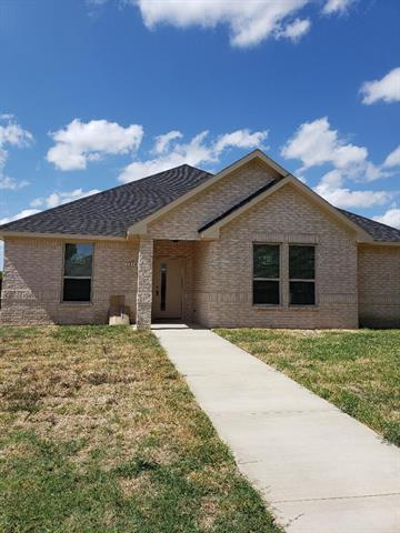 1314 Roan Drive Lancaster, TX 75134