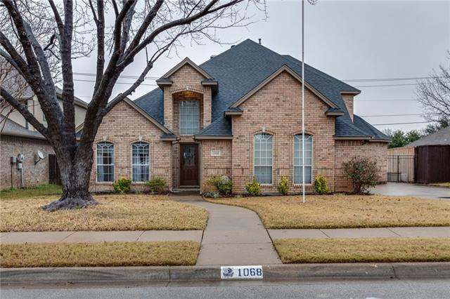 1068 Rosewood Drive, Grapevine, Texas