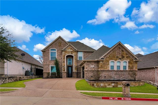 4836 Ridge Circle Benbrook, TX 76126