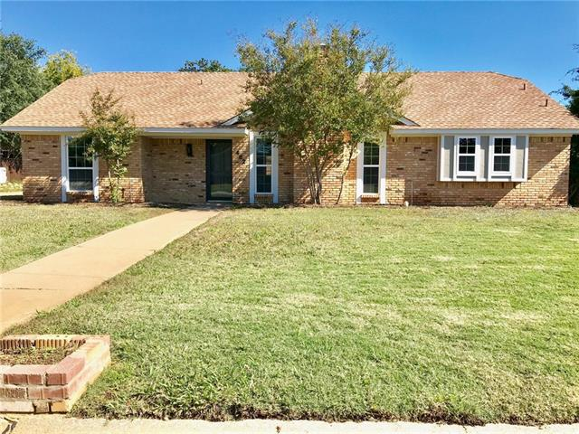 482 Millwood Drive, Highland Village, Texas