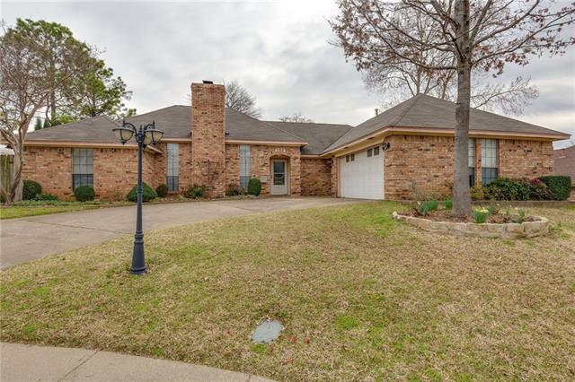 803 Forestcrest Court, Euless in Tarrant County, TX 76039 Home for Sale