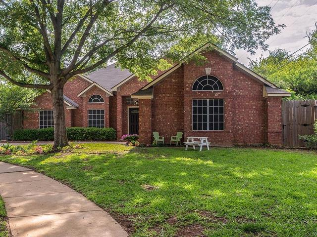 Grapevine Homes for Sale -  Cul de Sac,  4500 Ainsworth Circle