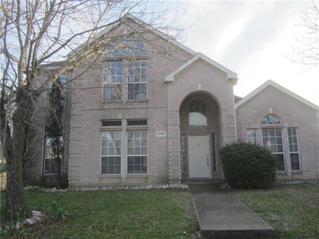 1704 Stonebridge Drive, De Soto, Texas