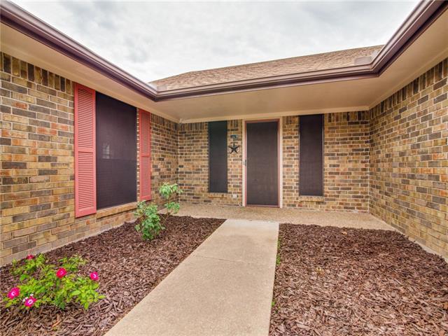 408 Spring Valley Drive Denison, TX 75020