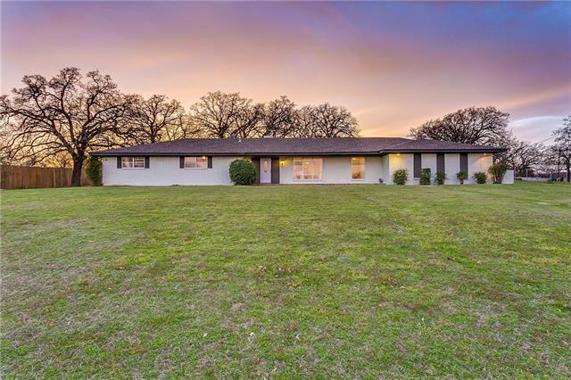 6216 Baker Lane Alvarado, TX 76009