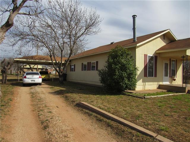 1715 Avenue M Anson, TX 79501