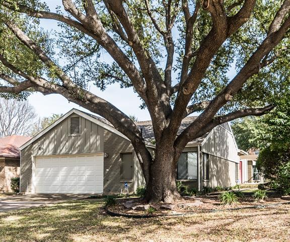 14900 Le Grande Drive, Addison in Dallas County, TX 75001 Home for Sale