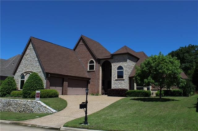 2905 Sunray Valley Court Arlington, TX 76012