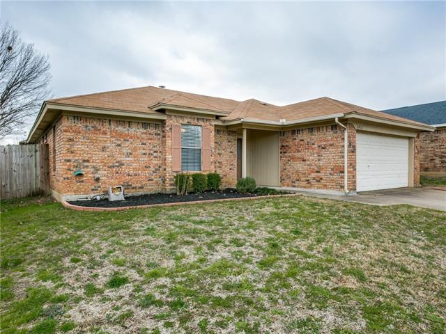 6412 High Lawn Terrace Watauga, TX 76148