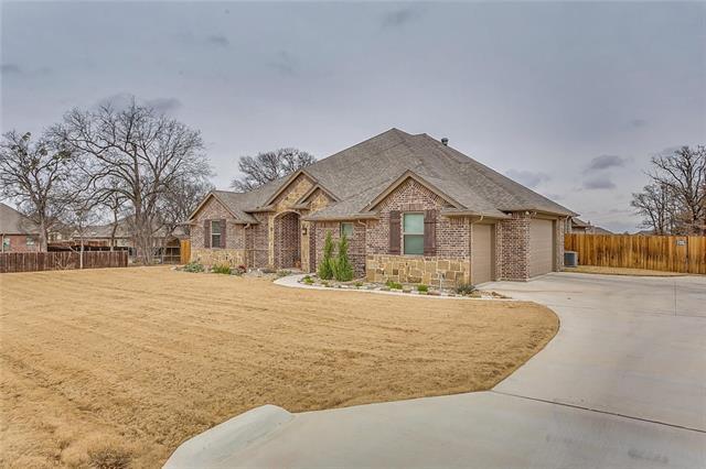 701 Red Stone Lane Hudson Oaks, TX 76087