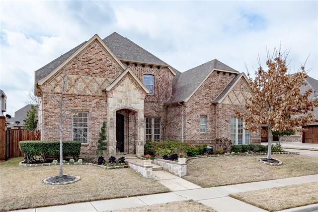 8108 Oak Knoll Drive North Richland Hills, TX 76182