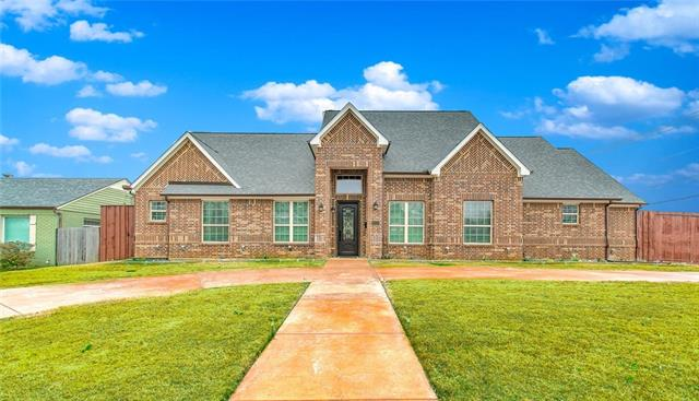 1343 Airline Drive, Grapevine, Texas