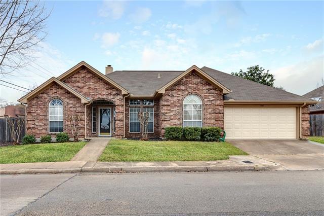 1301 Danielle Drive, Bedford, Texas