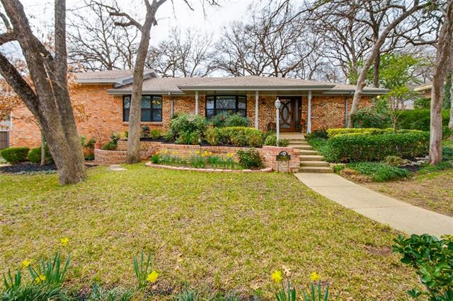 1208 Pebble Creek Drive, Euless in Tarrant County, TX 76040 Home for Sale