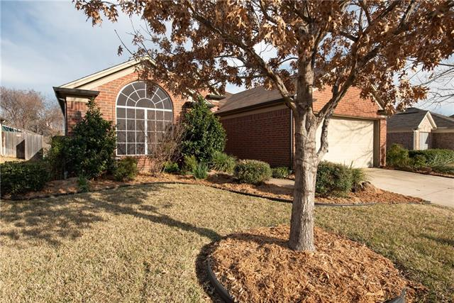 908 Winston Drive, Euless in Tarrant County, TX 76039 Home for Sale