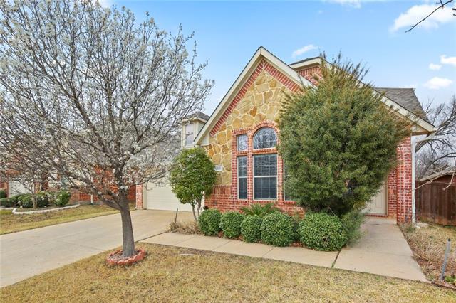 205 Edinborough Drive, Euless, Texas