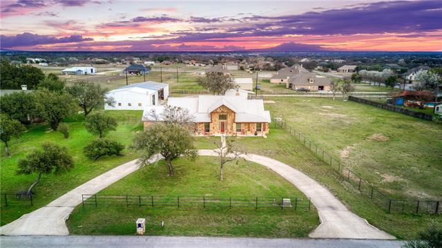 216 Megan Court Hudson Oaks, TX 76087