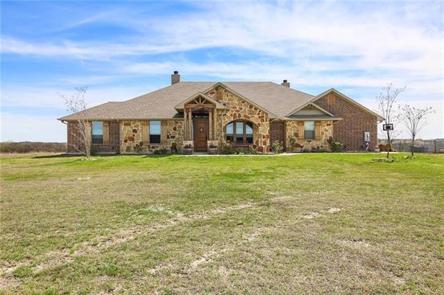 526 Oates Road Palmer, TX 75152