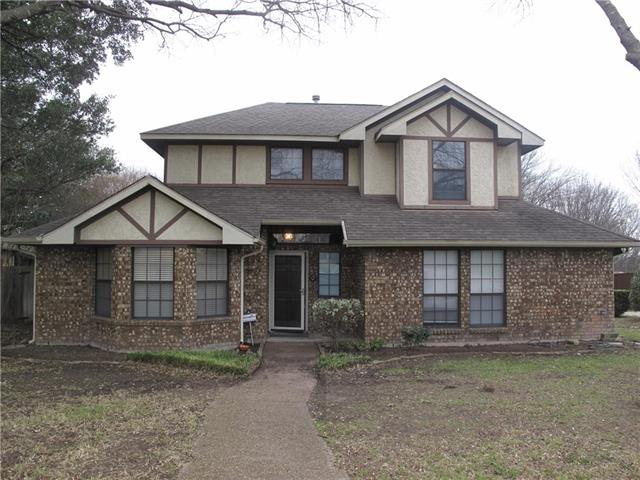 104 Wildwood Drive, De Soto, Texas