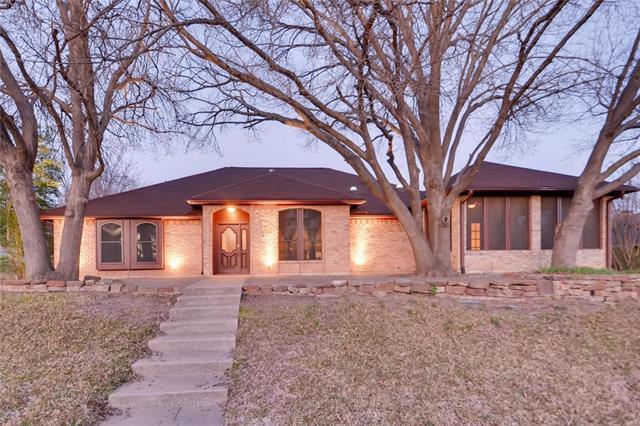 1344 Grand Teton Drive, De Soto, Texas