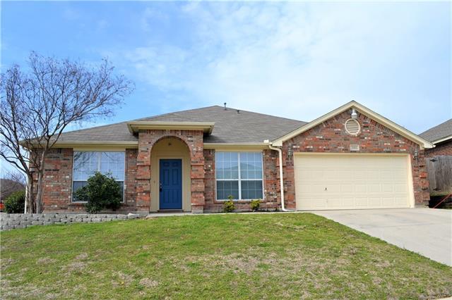 1324 Dale Lane White Settlement, TX 76108