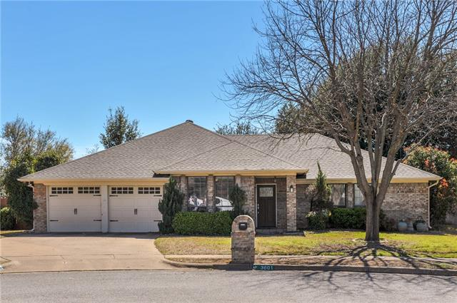 3601 Woodhaven Court, Bedford, Texas