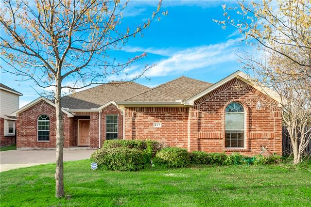 207 Buttercup Way Red Oak, TX 75154