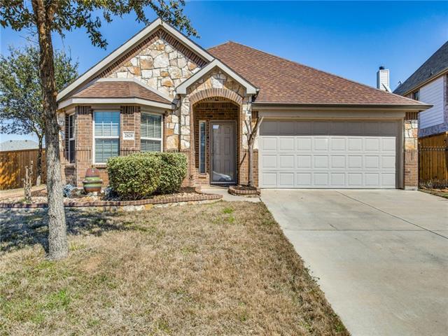 2828 Lazy Creek Drive, Grand Prairie in Tarrant County, TX 75052 Home for Sale
