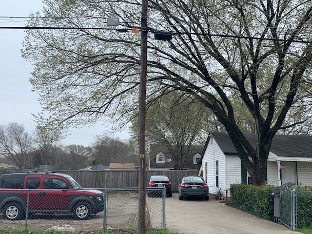 4028 Wood Oak Drive Balch Springs, TX 75180
