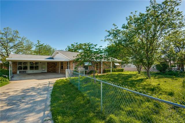 613 Thompson Drive Lake Dallas, TX 75065