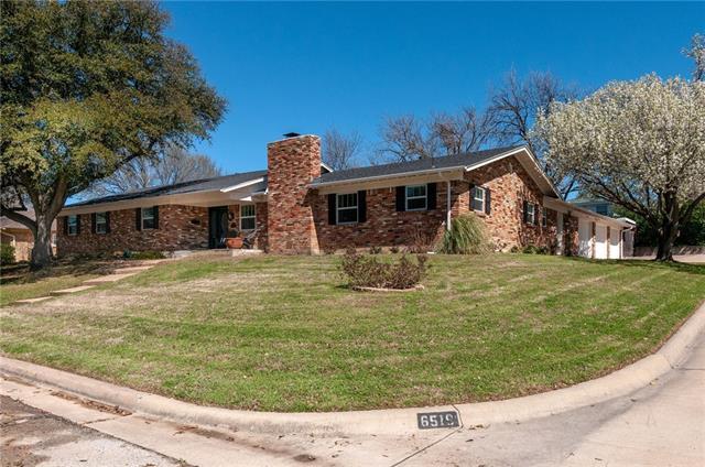 6519 Sabrosa Court W, Fort Worth Alliance, Texas