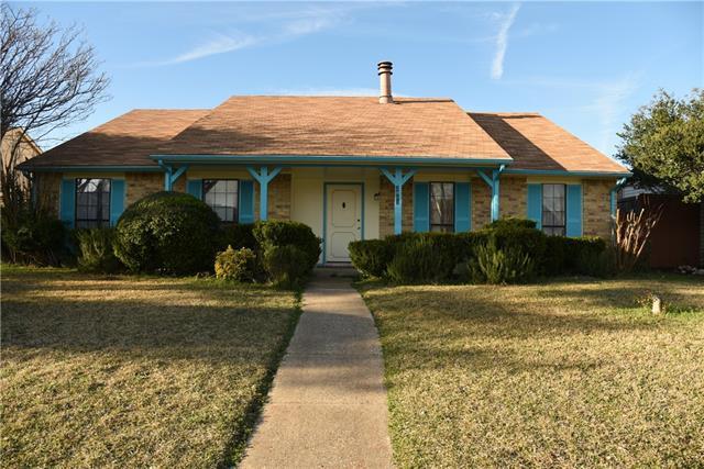 2813 Pear Tree Lane, Garland, Texas