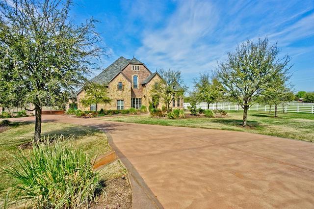 1306 Lakeside Court Bartonville, TX 76226