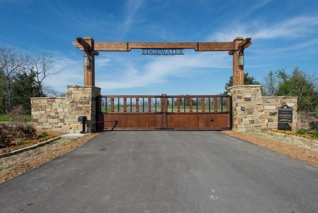 8400 Edgewater Drive Kemp, TX 75143
