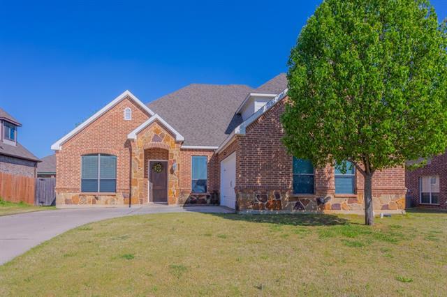 1004 Bell Oak Drive Kennedale, TX 76060