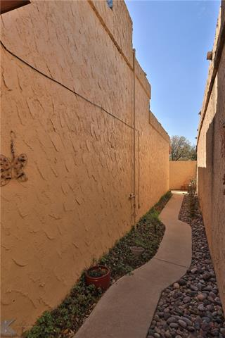 25 Tamarisk Circle - photo 4
