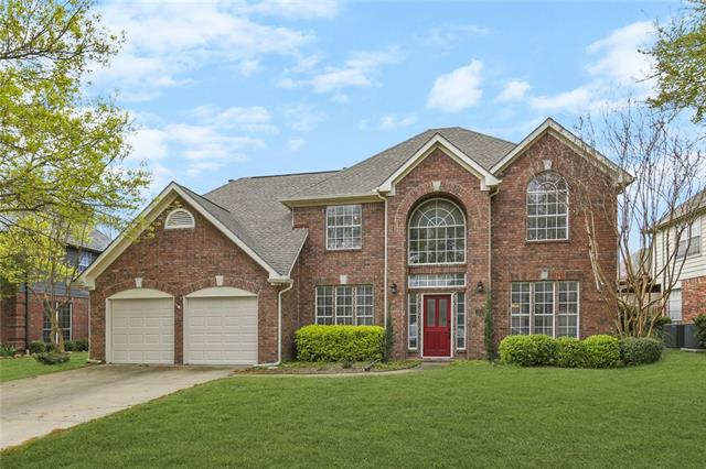 1919 Waterford Drive, Grapevine, Texas