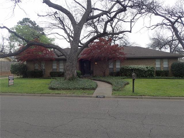 3203 Canongate Drive Arlington, TX 76015