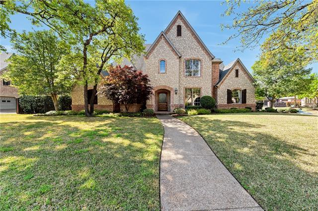 1821 Barrington Drive, Keller, Texas