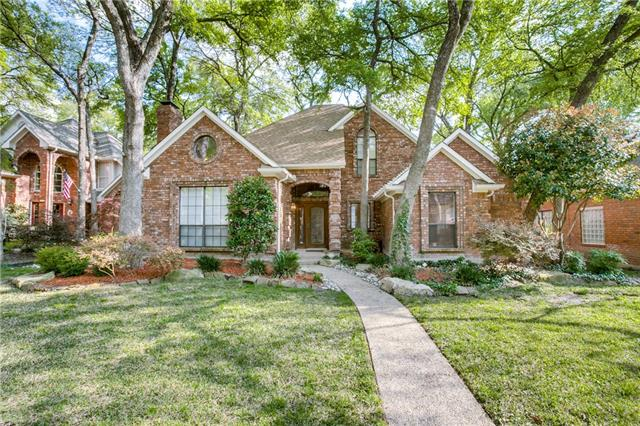 818 Singing Hills Drive, Garland, Texas