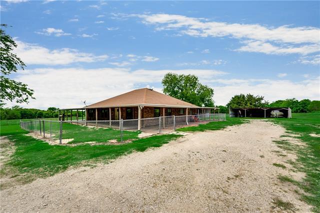 4450 County Road 3410 Lone Oak, TX 75453